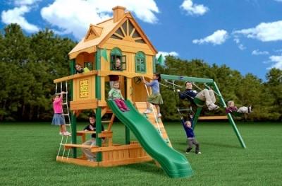 Как правильно подбирать детские спортивные комплексы
