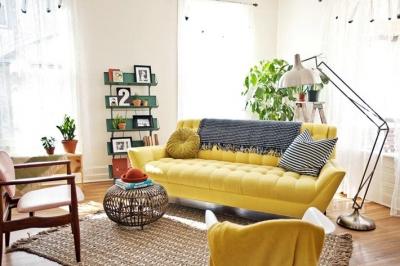 Интерьер гостиной  в желтом цвете